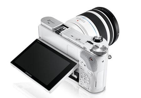 Samsung NX300 Aynasız Fotoğraf Makinesi