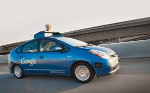 Google surucusuz otomobil projesi