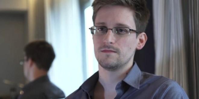Edward Snowden Rusya'ya Sığındı