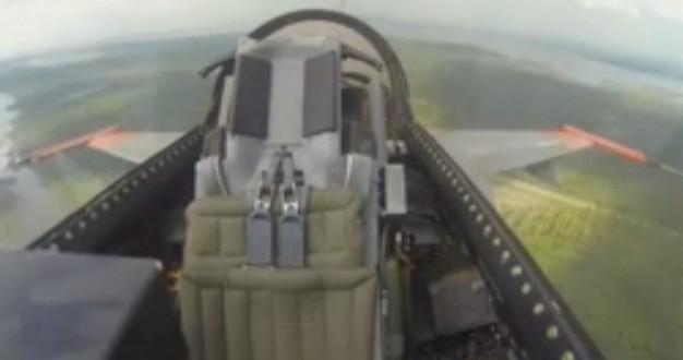 Boeing F-16 Savaş Uçağını Pilotsuz Uçurdu