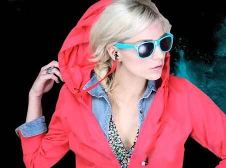 giyim-kiyafet-moda-hoodie-buddie-kulaklikli-sweatshirt