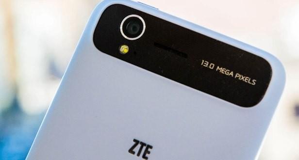 ZTE CES 2014'te Bombalarını Patlatacak